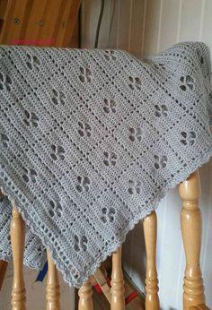 virkkaus Hakekaa kätilö-peitto - crochet Call the midwife blanket