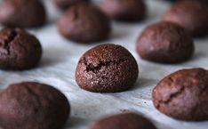 Super snadné a rychlé vánoční cukroví: Kakaové amaretky | Pro ženy | Blesk.cz