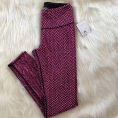 Pink Victoria's Secret Yoga Leggings NEW Pink+Black Logo VSX  Yoga Pant Tummy Tuck Waist, Slimming Stretch Blend of 19% Elastane Size Small: Length 36 inch, Inseam 27.5 inch ❌trade❌ Victoria's Secret Pants Leggings