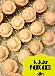 Toddler Pancake Bites - easy to make and great for self-feeding breakfast or snacks! Toddler Meals, Kids Meals, Toddler Food, Toddler Recipes, Baby Food Recipes, Cooking Recipes, Pancake Bites, Frugal Meals, Kids Nutrition