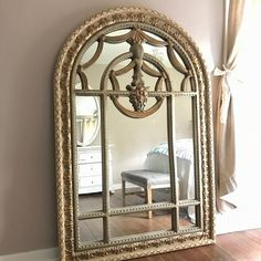 When I walk into this room I can't help but feel like a princess. Sharing for #mondaymirrors thx Angie  @angieswreathsandmore thinking of me and don't forget about #Frenchdecorgirls