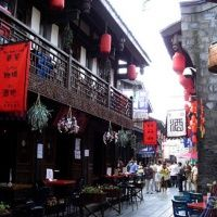 Located in the east of the Wuhou Memorial Temple (the most famous relic museum of Three Kingdoms from 220 A.D. to 280 A.D.), Chengdu, Jinli Old Street (aka Jinli Promenade) was originally built as a commercial street during the Shu Kingdom (221 A.D.-263 A.D.). It was once the most prosperous commercial street throughout China during the period of Qin, West Han and Three Kingdoms. Jinli Old Street was reconstructed and formally opened to the public on 1st December, 2004.