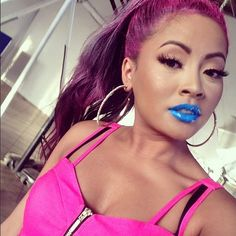 Honey Cocaine's colorful look.