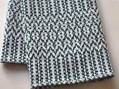 LindaHighHandweaver on Etsy Dish Towels, Tea Towels, Weaving Patterns, Green Pattern, Online Work, Hand Weaving, Knitting, Massachusetts, Knits
