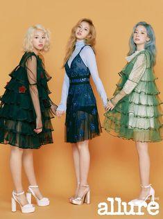 Twice Chaeyoung Sana Dahyun Allure 2019 Nayeon, Kpop Fashion, Korean Fashion, Fashion Outfits, Kpop Girl Groups, Kpop Girls, Sana Cute, Kpop Mode, Loona Kim Lip