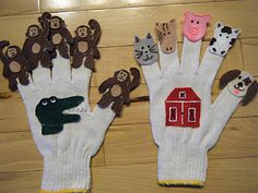 Felt puppets are an excellent way to interact with children during circle time. It is a convenient and simplistic way to do storytelling or retelling without losing picies. Flannel Board Stories, Felt Board Stories, Felt Stories, Flannel Boards, Glove Puppets, Felt Puppets, Hand Puppets, Preschool Music, Preschool Crafts