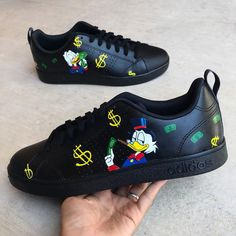 Pointed Toe Ankle Buckled Thin Heels (notitle) Schuhe bemalen The post Pointed Toe Ankle Buckled Thin Heels appeared first on Nike Schuhe. Custom Sneakers, Custom Shoes, Ballerinas, Pumps, Shoes Heels, Cartoon Shoes, Kawaii Shoes, Ankle Boots, Adidas Sneakers