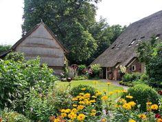 Aalden, boerderij met schuur