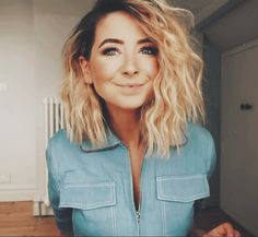 Daily makeup ideas for moms - Curly Hair Tips, Hair Dos, Curly Hair Styles, Pretty Hairstyles, Zoella Hairstyles, Crimped Hairstyles, Hair Inspo, Hair Inspiration, Coiffure Hair