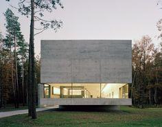 Documentation Center of Bergen-Belsen Memorial / KSP Engel und Zimmermann Architekten.