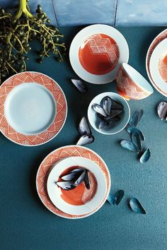 Linhas Dinner Plate - anthropologie.com