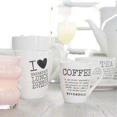 riverdale.nl Breakfast Tea, My Tea, Coffee Time, Coffee Beans, Mugs, Tableware, Kitchen Stuff, Cosy, Decoration