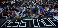 Blog en Vivo: Venezuela se paraliza con el Gran Plantón Nacional – The Bosch's Blog
