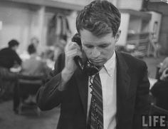 Robert F. Kennedy campaigning for brother Jack during Democratic presidential primaries. Location:WI, US Date taken:March 1960 Photographer:Stan Wayman