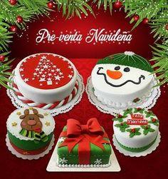 No automatic alt text available. Mini Christmas Cakes, Christmas Cake Designs, Easy Christmas Treats, Christmas Deserts, Christmas Cake Decorations, Holiday Cakes, Holiday Desserts, Christmas Baking, Christmas Cookies