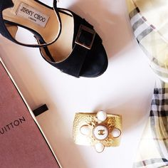 @jimmychoo, @chanelofficial, @louisvuitton and @burberry ...oh my!  #lafemmechic