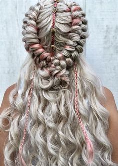 61 Totally Chic And Colorful Box Braids Hairstyles To Wear! Box Braids Hairstyles, Pretty Hairstyles, Wedding Hairstyles, Roman Hairstyles, Hairstyles Games, Teenage Hairstyles, Hairstyles 2018, Festival Braid, Festival Style