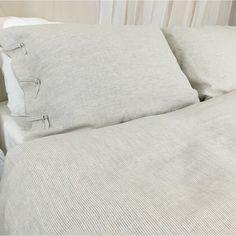 Natural Linen Ticking Striped Duvet Cover with Tie Closures | Handmade by Superior Custom Linens (from http://ift.tt/2gMZvX0)   Double tab for more images.  #fortheloveoflinen #linen #bedlinen #tellmemore #interior4all #linenbedding #pureline #purelinenutrition #interiordecor #bedroomdecor #bedroominspiration #handmade #handmadebedding  #tailoredmade #instadaily #tickingstripe #stripedbeddding #tieknot