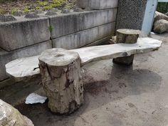 Puutarhapenkki. Kaadettuja puita voi hyödyntää monin tavoin! Outdoor Furniture, Outdoor Decor, Study, Home Decor, Homemade Home Decor, Studio, Learning, Research, Decoration Home