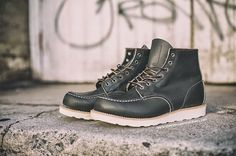 Red Wing Heritage 8180 6 Inch Classic Moc Toe Kangatan Green Leather Boots