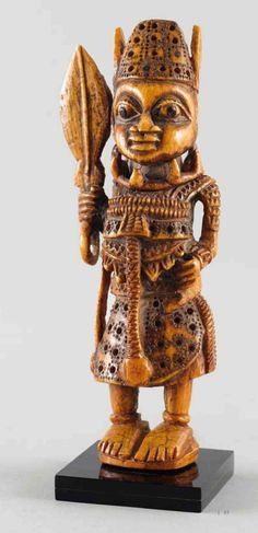 Africa | Benin culture ivory figure from Nigeria | ca. early 18th century | Possibly a shrine figure, representing an Oba's guard or a warrior figure.