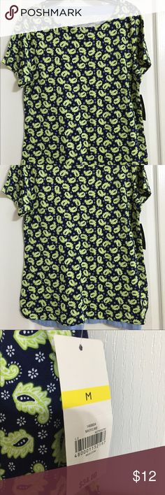 Cute top blouse. New with tags. Nice! Kim Rogers Tops Tunics