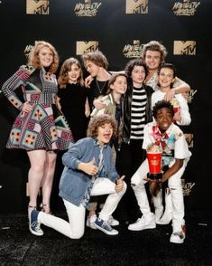 """Stranger Things Related Post Matt Ferguson – The Upside Down (Stranger Th. Millie Bobby Brown Just Rapped An Entire """"St. Stranger Things' Eleven and Mike Don't Hav. Stranger Things is a television sci-fi horror seri. Stranger Things Netflix, Watch Stranger Things, Stranger Things Actors, Stranger Things Have Happened, Stranger Things Aesthetic, Stranger Things Season, Stranger Things Awards, Stranger Things Jonathan, Baby Crush"""