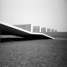 Brasilia, 1962 © Lucien Clergue
