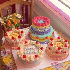 Pretty Birthday Cakes, Pretty Cakes, Beautiful Cakes, Amazing Cakes, Mini Cakes, Cupcake Cakes, Cupcakes, Pastel Cakes, Frog Cakes