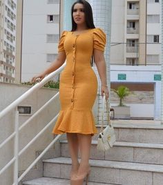 Now, I'm not going to insult your intelligence or risk my reputation by making some outlandish claims that in 21 days you're going to have a set of abs or be 50 pounds lighter than you are today without any effort. Short African Dresses, Latest African Fashion Dresses, Women's Fashion Dresses, African Print Fashion, Best Casual Dresses, Stylish Dresses, Simple Dresses, Cute Dresses, Stylish Work Outfits