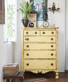 Furniture with a Painted Patina Aged milk patina: This easy process mimics the dings and scrapes you'd see on a painted wood piece after decades of wear and tear. It's ideal for unvarnished wood furniture with interesting details, like this dresser. Yellow Painted Furniture, Paint Furniture, Furniture Projects, Furniture Makeover, Furniture Design, Painted Wood, Furniture Stores, Cheap Furniture, Furniture Cleaning