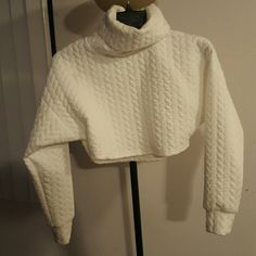 Sweater top and bottom set White holter top sweater and bottoms Sweaters
