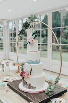 Excited to share this item from my shop: Hoop (base optional) Cake Hoop Stand, Large Metal Wedding hoops. Floral Hoop ideal for florists, Cake makers and venue dressers. wedding cakes cakes elegant cakes rustic cakes simple cakes unique cakes with flowers Pretty Wedding Cakes, Floral Wedding Cakes, Wedding Cake Stands, Wedding Cake Rustic, Amazing Wedding Cakes, Wedding Cake Designs, Wedding Cake Display, Cake For Wedding, Wedding Cake Tables