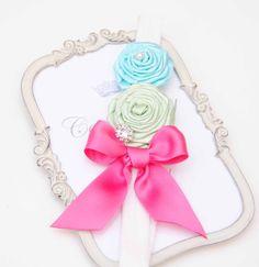 Flores con Hadband elástico y diamantes de imitación por cacababy