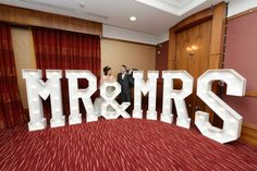 Hollywood LED Letters - GIANT Light up Letters Hire