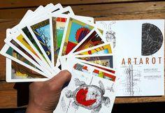 Les 22 Arcanes majeures réinventées. Jeu disponible auprès de ARTQUEBEC.CA à 35$ t.t.c.