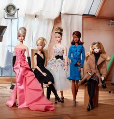 BARBIE Puppe Barbie Collector Fashion Model Glam Dress...