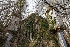 Prologue: Abandoned hotel