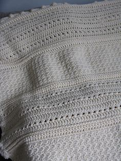 Ravelry: crochetdisco's crochetdisco's May Day blanket     http://www.ravelry.com/projects/crochetdisco/may-day-baby-blanket