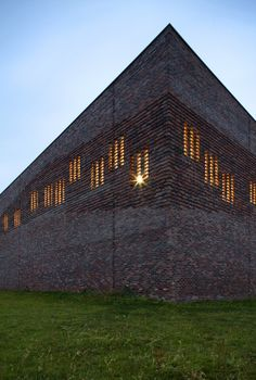 Very cool - use of simple brick coursing to achieve something subtle but stands out pattern contemporary brick facade - Google Search