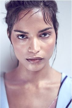 Photo by Valetina Adorni Makeup and hair by África Perez Stylist by Silvia Sandino for Murasaki agency Model Fatima Essemmaa