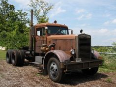 1960 Peterbilt. When they were still built with care and by hand. So cool its survived.