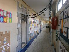 puerta del aula durante el proyecto de los castillos