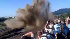 Voir une Démonstration de Char d'assaut est impressionnant ... ou pas !!! http://twit.lu/if