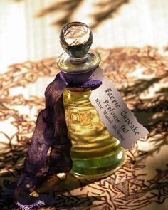 White Magick Alchemy - Faerie Cupcake . White Magick Alchemy Perfume Oil, (http://www.whitemagickalchemy.com/faerie-cupcake-white-magick-alchemy-perfume-oil/)