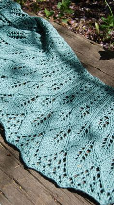cotton bamboo kudzu shawlette (designed by Rachel Henry) free pattern from Vogue Knitting