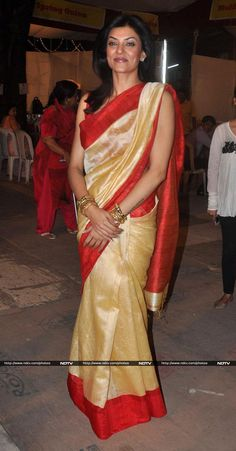 Beautiful Bollywood Actress, Beautiful Indian Actress, Beautiful Women, Indian Actress Photos, Indian Actresses, Sushmita Sen, Plain Saree, Stylish Sarees, Durga Puja