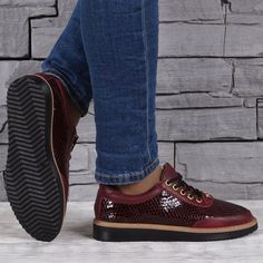 Pantofi dama din piele naturala lacuita VISINI 9592