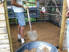Chickens-Use gravel sand for the flooring! Keeps cleaner, easy to clean, very dry and not wet, natural grit, cost effective and conserves the food. Definitely what we're doing for our coop! Chicken Coup, Best Chicken Coop, Chicken Lady, Building A Chicken Coop, Chicken Runs, Chicken Coop Sand, Small Chicken, Chicken Garden, Chicken Ideas