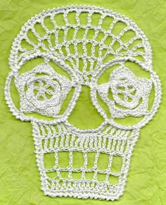 Ravelry: Blanca Crochet Day Of The Dead Applique Skull  Pattern  Free pattern by Spider Mambo